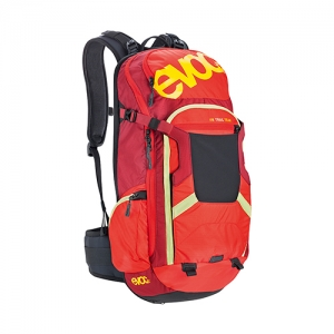 EVOC FR TRAIL TEAM (red-ruby) - 18L/20L